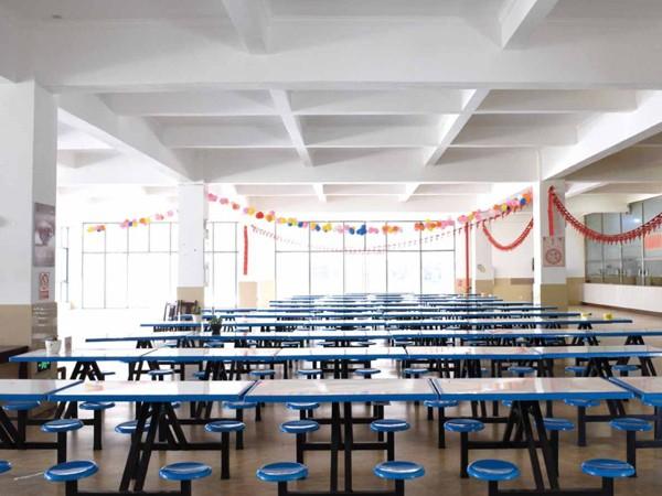 国昆铝单板:员工食堂