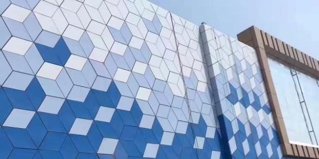 铝单板厂家教你三种辨别氟碳铝单板的方法