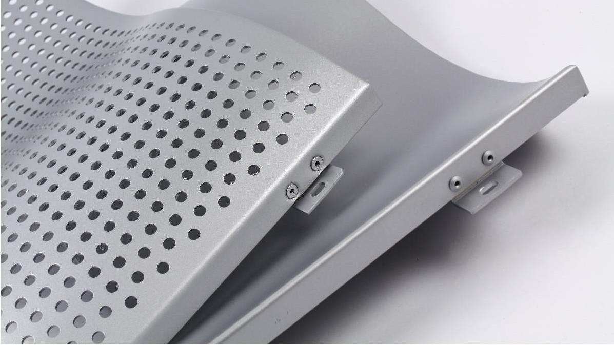 氟碳铝单板到底是什么?为什么这么受欢迎