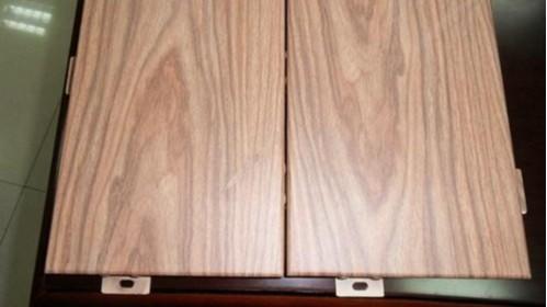 什么原因会导致铝单板出现色差