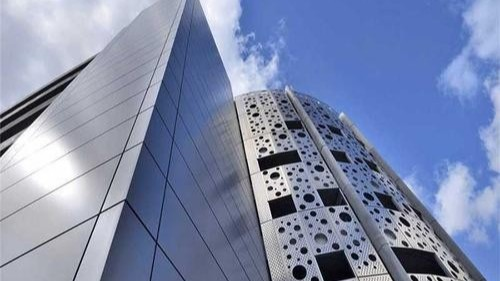 云南铝单板幕墙安装精准度要求