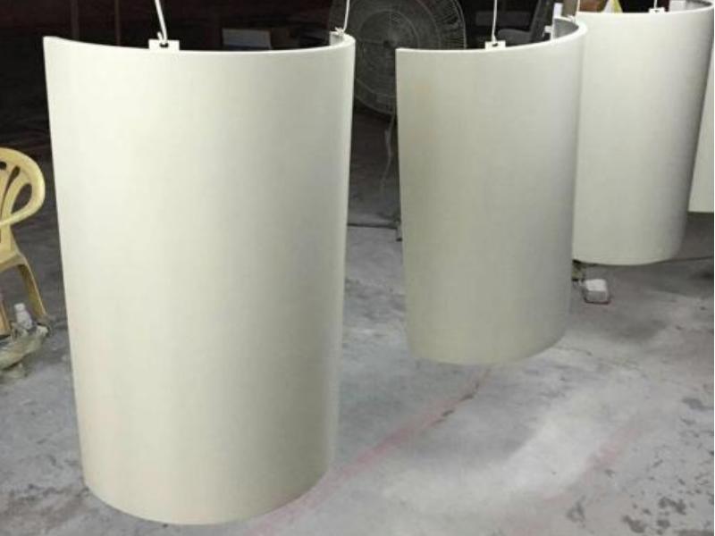 氟碳弧形铝单板